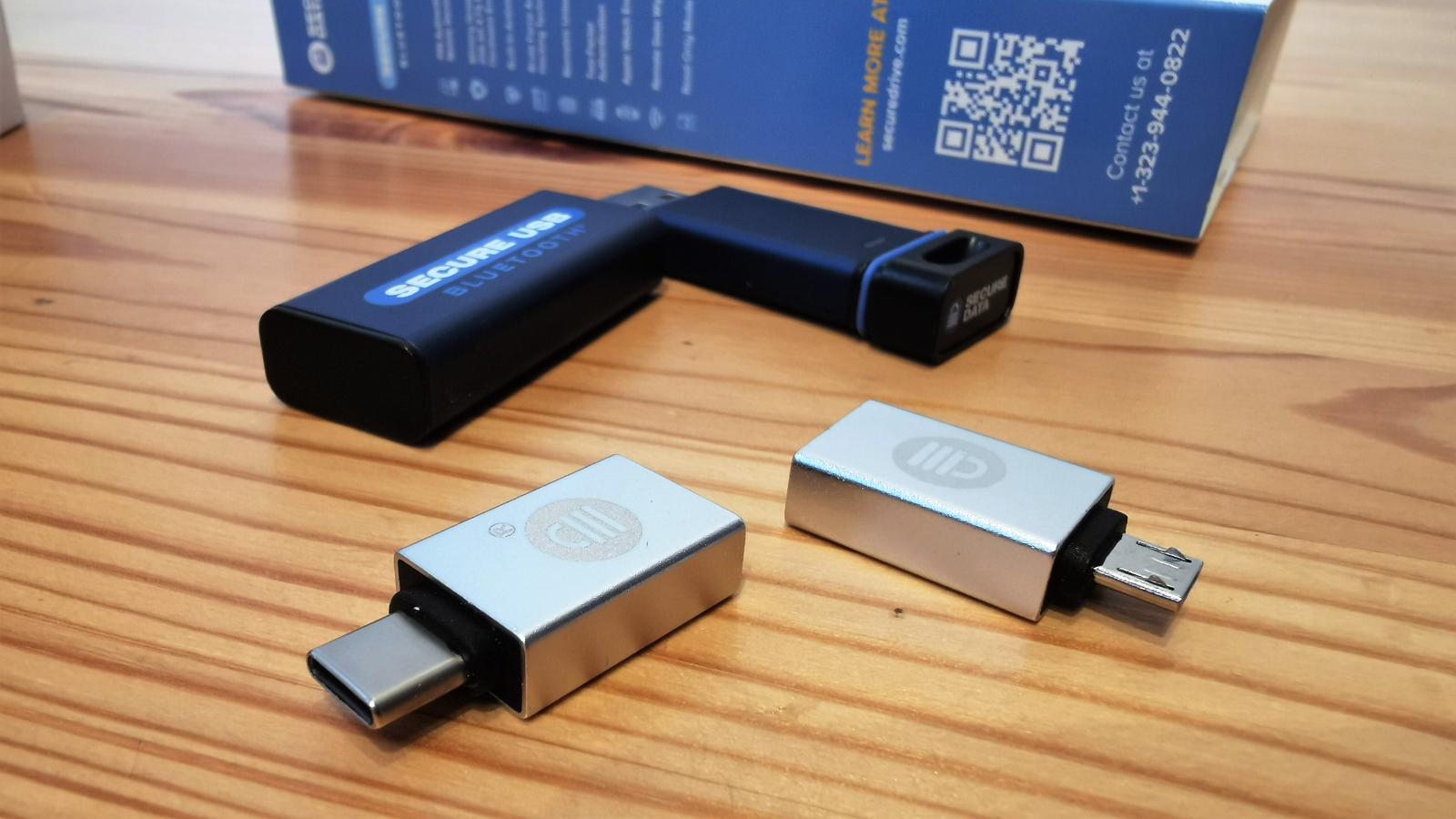 SecureData SecureUSB BT 32GB
