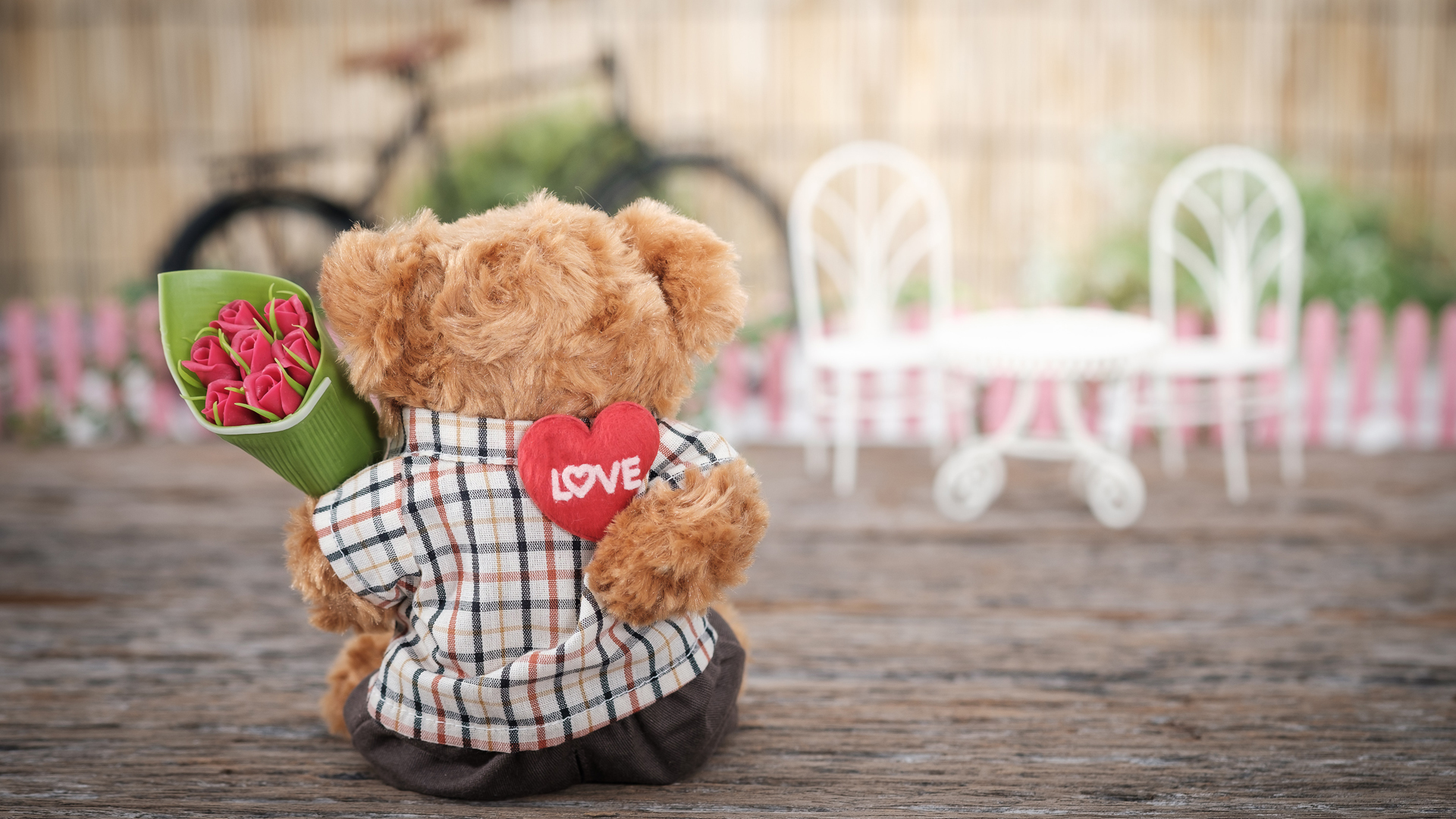 Ideal Valentine/'s Day GIFT Love U Personalised with a Name I Love You Puppy