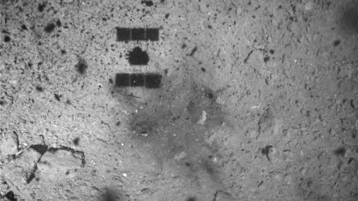 Now You Can Watch Japan's Hayabusa2 Shoot a Bomb at an Asteroid
