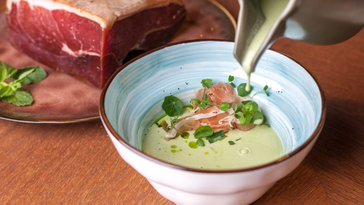 Try this tasty pea and ham soup recipe