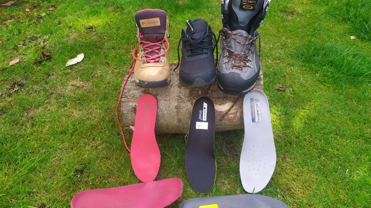 Hiking insoles: what they are and why you need them