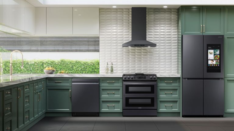 Samsung family hub kitchen appliances