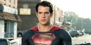 Henry Cavill's Superman Gets A Sleek New Suit In Amazing Fan Art