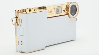 Will i am unveils i am accessories range to beef up the iPhone camera