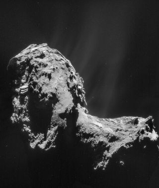 A composite image of four NAV/CAM images taken 19 miles (31 kilometers) from the center of comet 67P/Churyumov-Gerasimenko. A new study has revealed that electrons from the comet, not photons from the sun, are responsible for the breakup of water and carb
