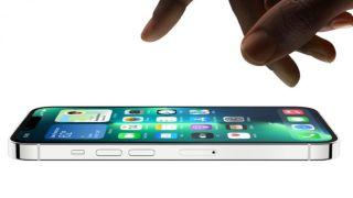 iPhones 13