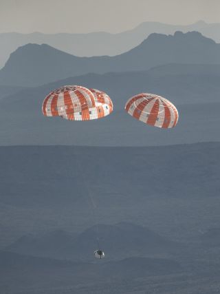 Orion spacecraft's parachute