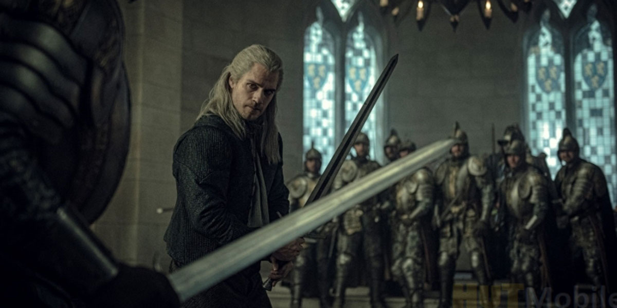 Henry Cavill in The Witcher Season 1 screenshot