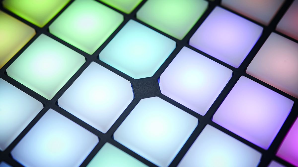 Control and sequence: how to combine software and hardware in your studio