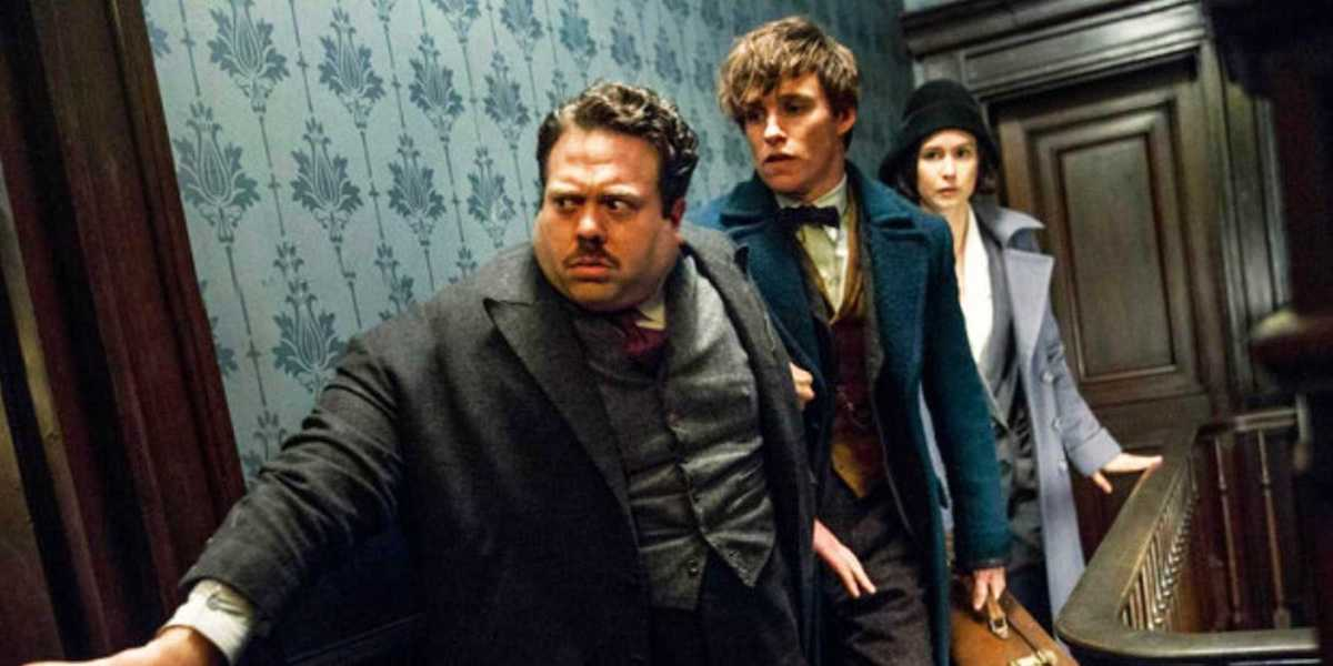 Fantastic Beasts' Dan Fogler Responds To Rumors Of A Major Harry Potter Character Appearing In The Franchise