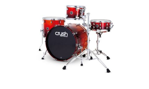 This review set has a beautiful shimmering orange/red wrap, shown to great effect on the deep bass drum with its colour-matched rims