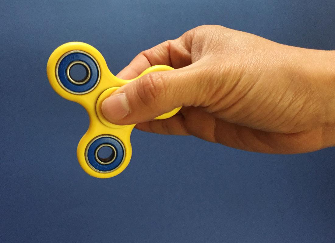 100 x Finger Fidget Spinner