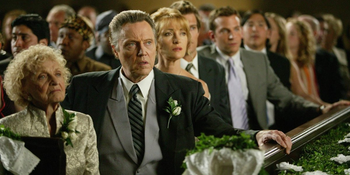 Wedding Crashers Christopher Walken and Jane Seymour sitting with their family at the wedding