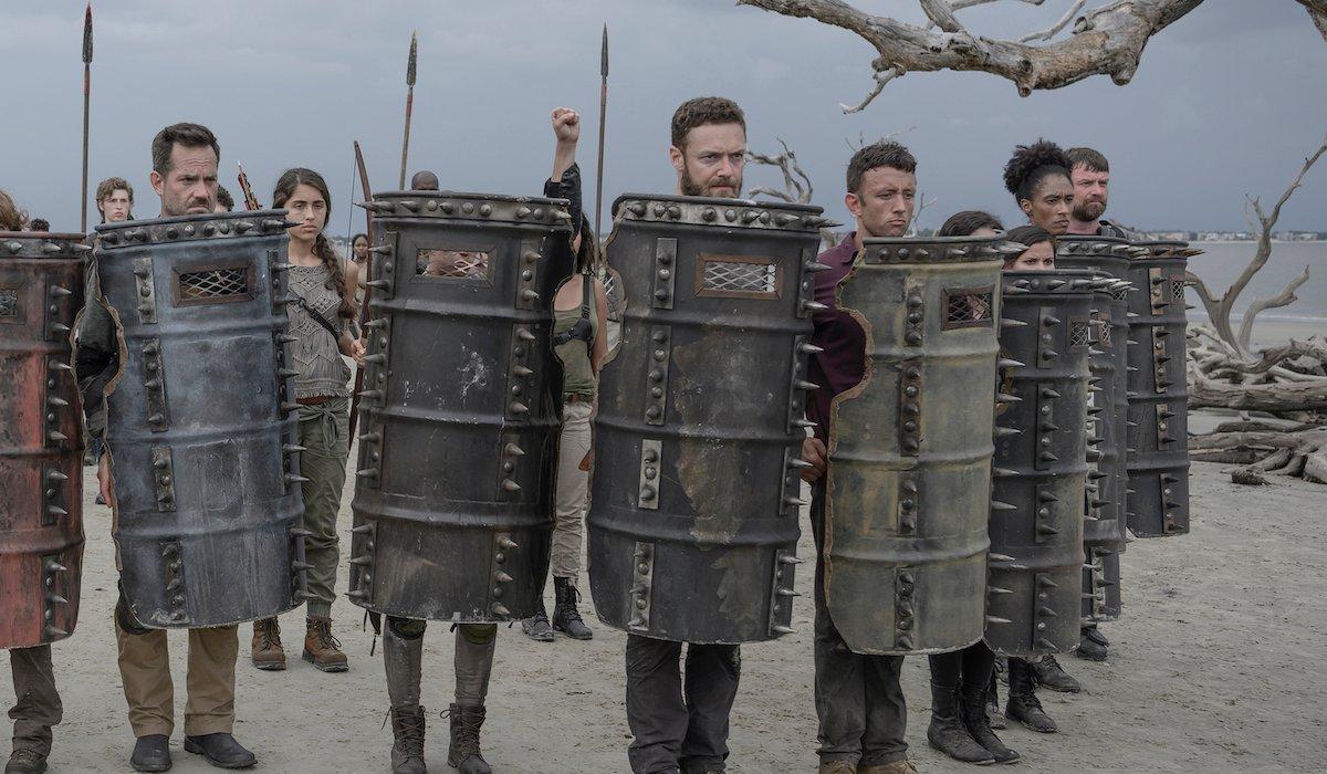 walking dead army on the beach season 10 premiere