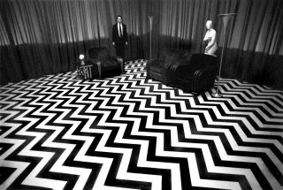 Celebrate Twin Peaks' 30th anniversary with these brilliant B&W set photos