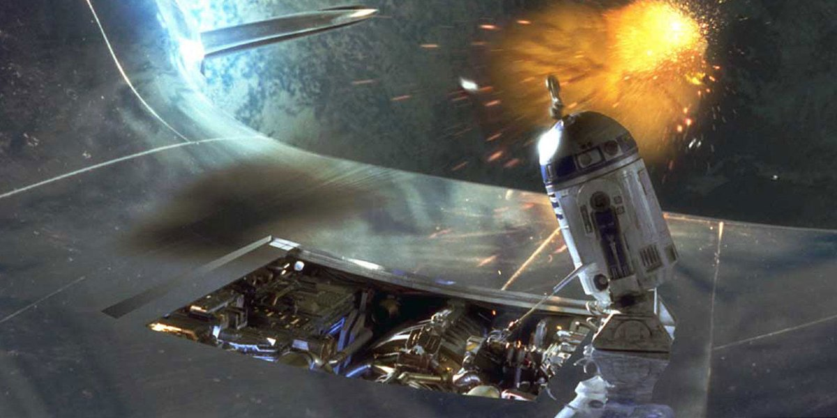 R2-D2 fixes a ship in Star Wars: Episode 1 - The Phantom Menace