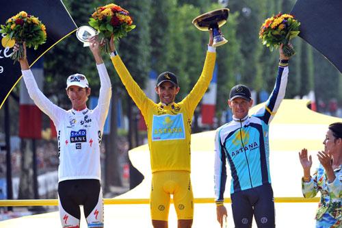 Schleck, Contador and Armstrong on final podium, Tour de France 2009