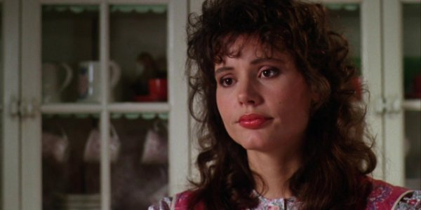 why geena davis thinks shell have to sit out of beetlejuice 2