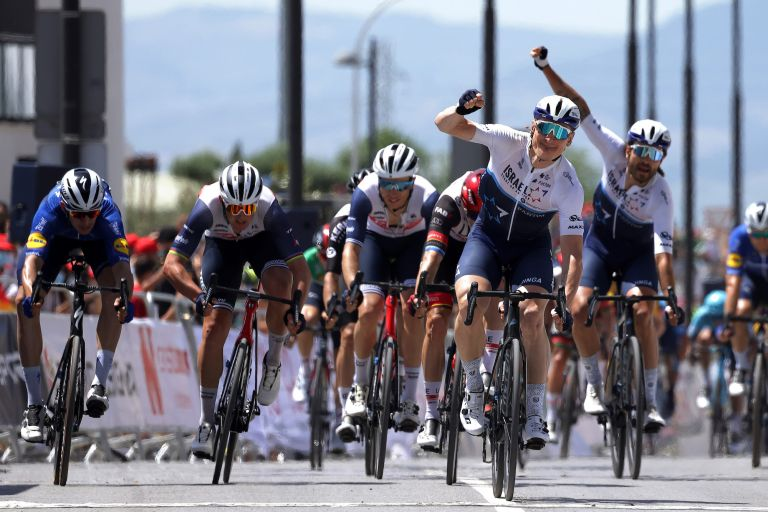 André Greipel wins stage four of the Ruta del Sol 2021