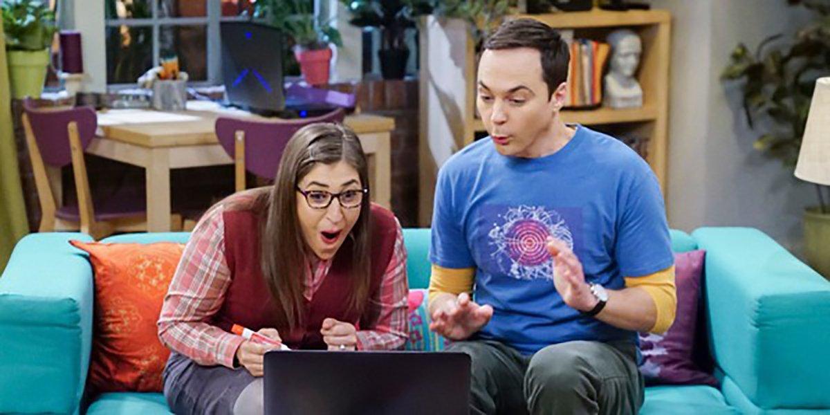 Mayim Bialik as Amy Farah Fowler and Jim Parsons as Sheldon Cooper on The Big Bang Theory