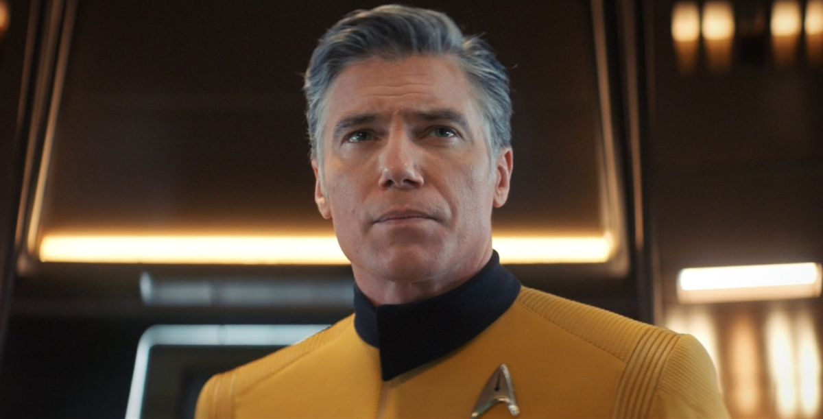 O Captain! My Captain! Anson Mount of 'Star Trek: Discovery' dishes on possible return of Capt. Pike