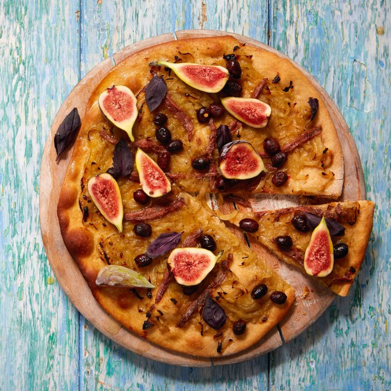 Selt Pizza with Melted Onions, Olives and Anchovies