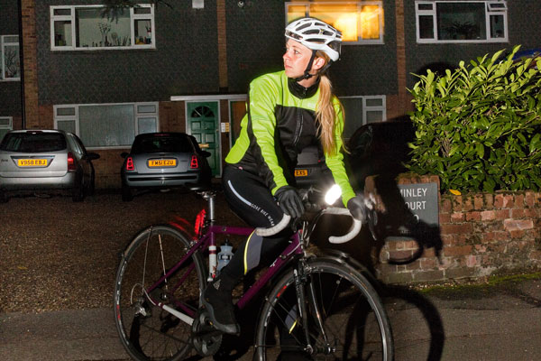 Best Front And Rear Road Bike Lights For Autumn And Winter