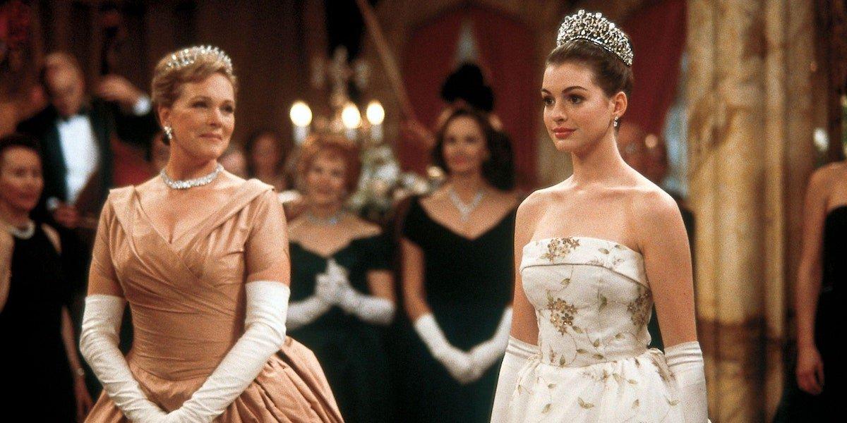 Julie Andrews and Anne Hathaway in Princess Diaries