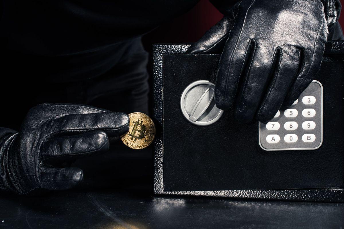 Bitcoin: in Sud Africa andata a segno una truffa per 3,6 miliardi di dollari