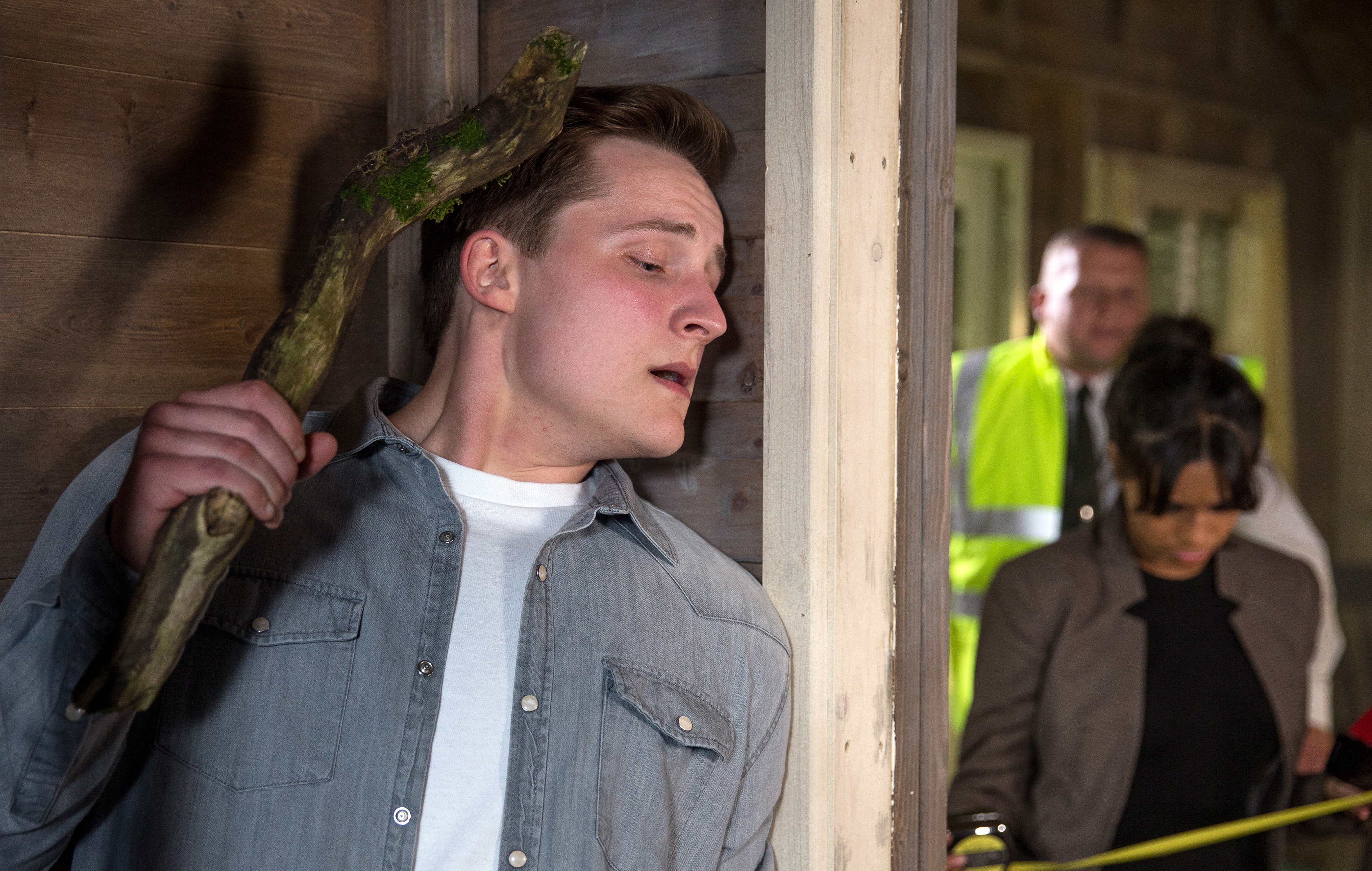 Emmerdale spoilers! Serial killer Lachlan White to kill Priya Sharma when she finds his sinister shack?