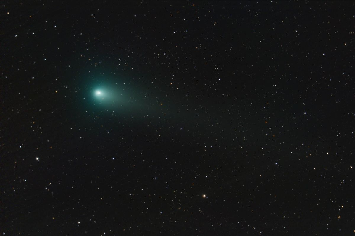 Christmas Comet 2019.See Two Bright Green Comets In 2018 S Night Sky How Where