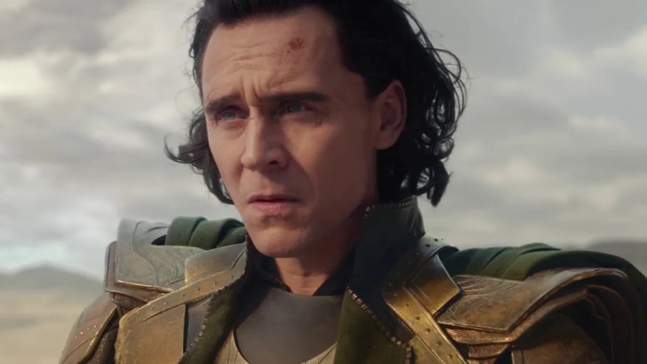 Who's the mysterious woman in the Loki trailer? Fans think Black Widow is making a Marvel return