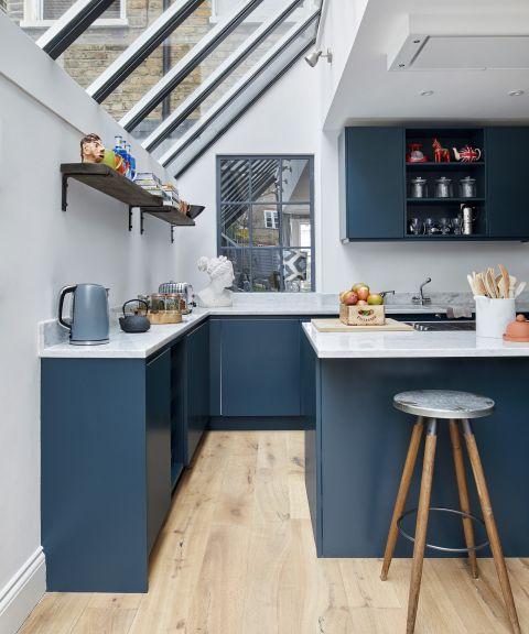 24 Small Kitchen Ideas Small Kitchen Design And Decor Homes Gardens
