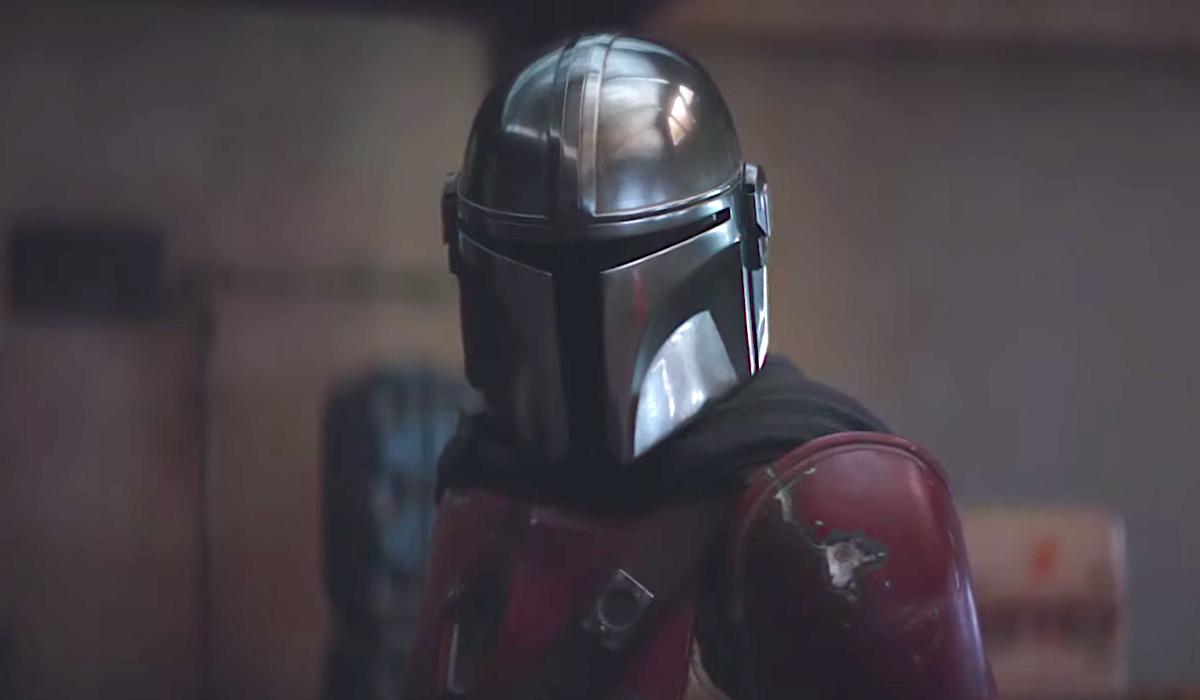 o capacete mandaloriano star wars disney +