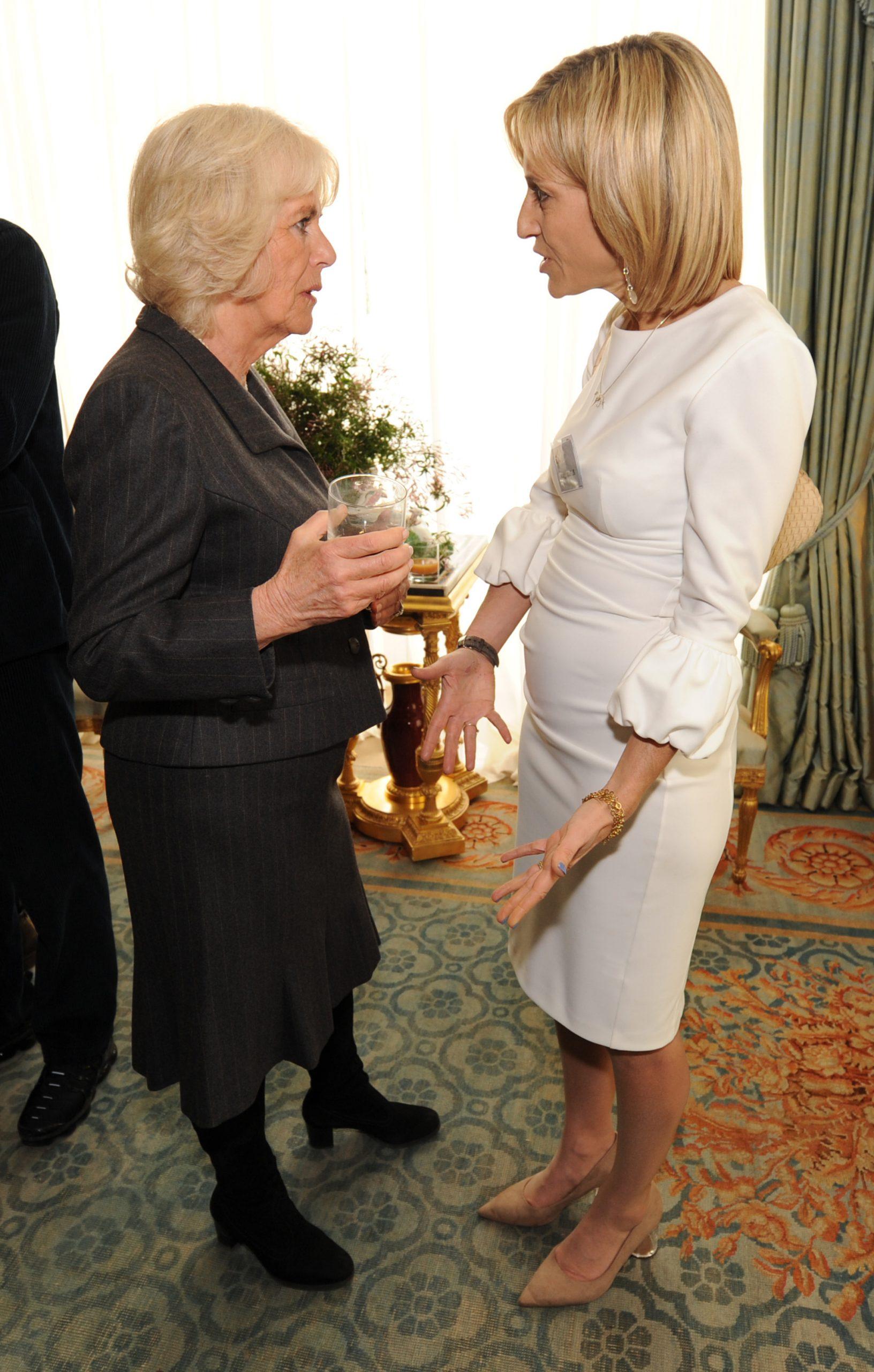Emily Maitlis con la duquesa de Cornualles