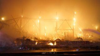Boutique Amps Distribution's Huntington Park, California warehouse on fire