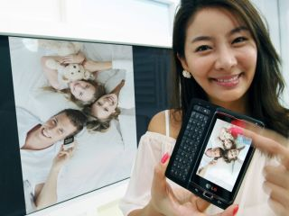 LG's Windows Phone 7 Optimus 7