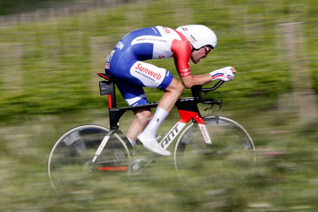 Tom Dumoulin dominates World Championship time trial, Chris Froome takes bronze
