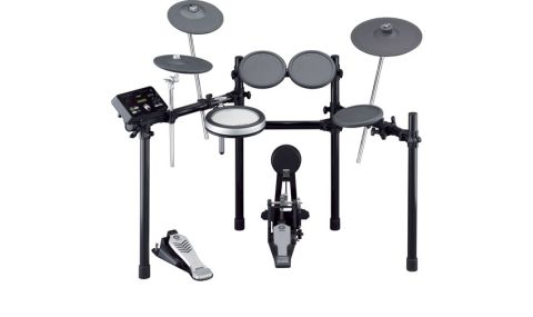 The DTX522 Kit includes three triple-zoned chokeable cymbal pads