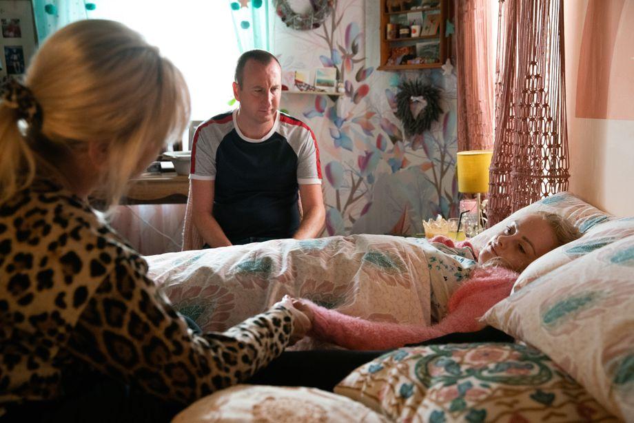Coronation Street spoilers: Sinead Osbourne says her last goodbyes