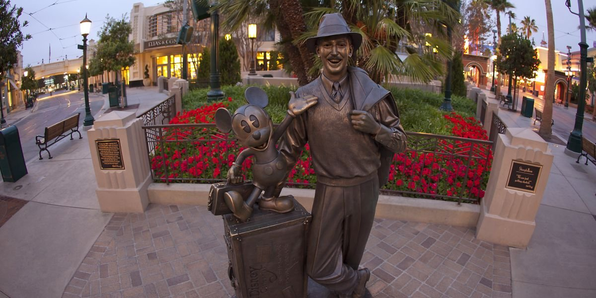 More Bad News For Disneyland Workers As Coronavirus Cases Tick Up