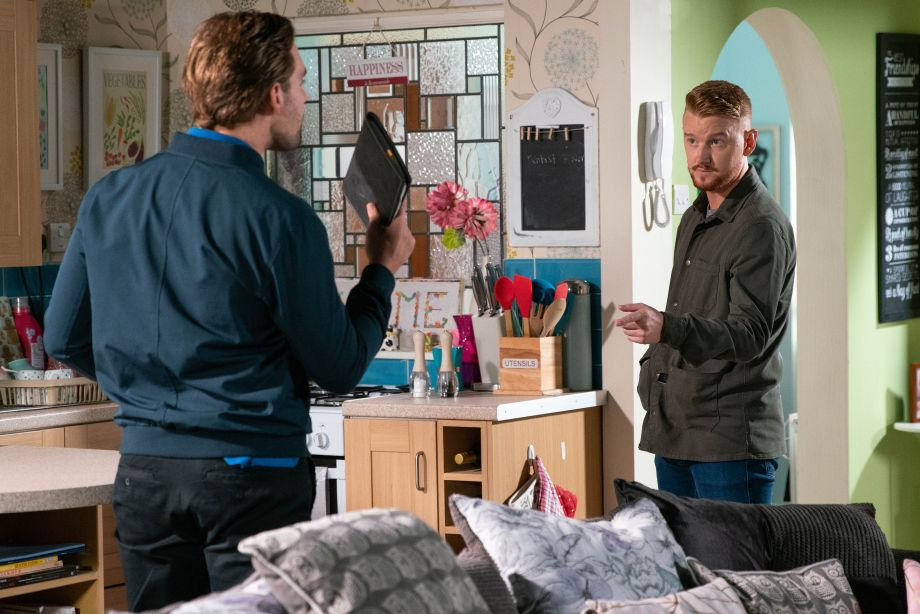 Coronation Street Spoilers: Ali Neeson threatens to tell Maria about Gary's shady dealings