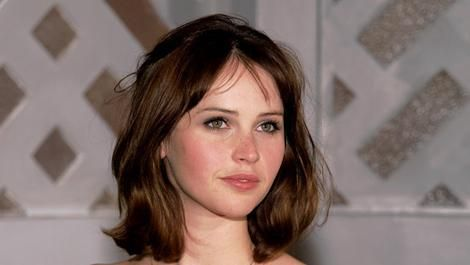 Felicity Jones will wear a costume in The Amazing Spider-Man 2
