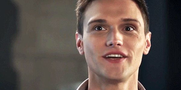 The Flash Ralph Dibny smiles Elongated Man The CW