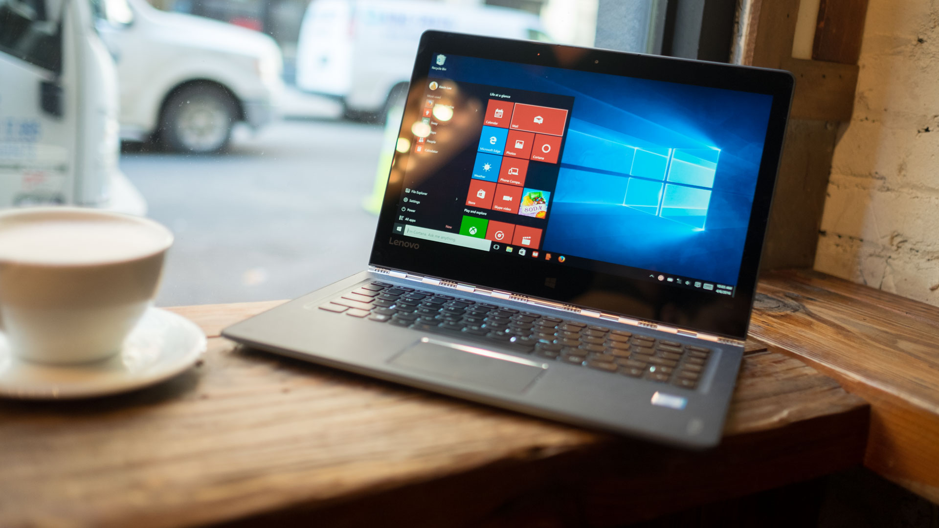 Specifications And Performance Lenovo Yoga 900 Review Techradar
