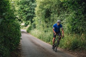 Lose weight through cycling: Lighter and faster in four weeks