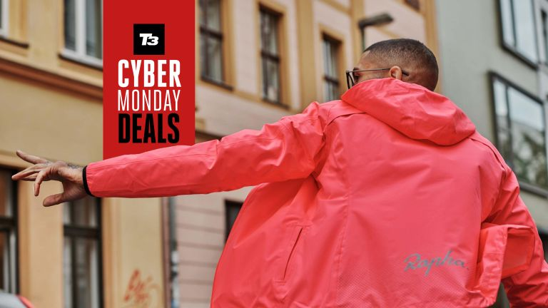 Cyber Monday and Black Friday fitness sales supplement deals