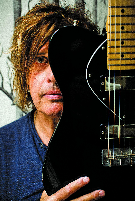 Twenty Five Years Later Stone Temple Pilots Guitarist Dean Deleo