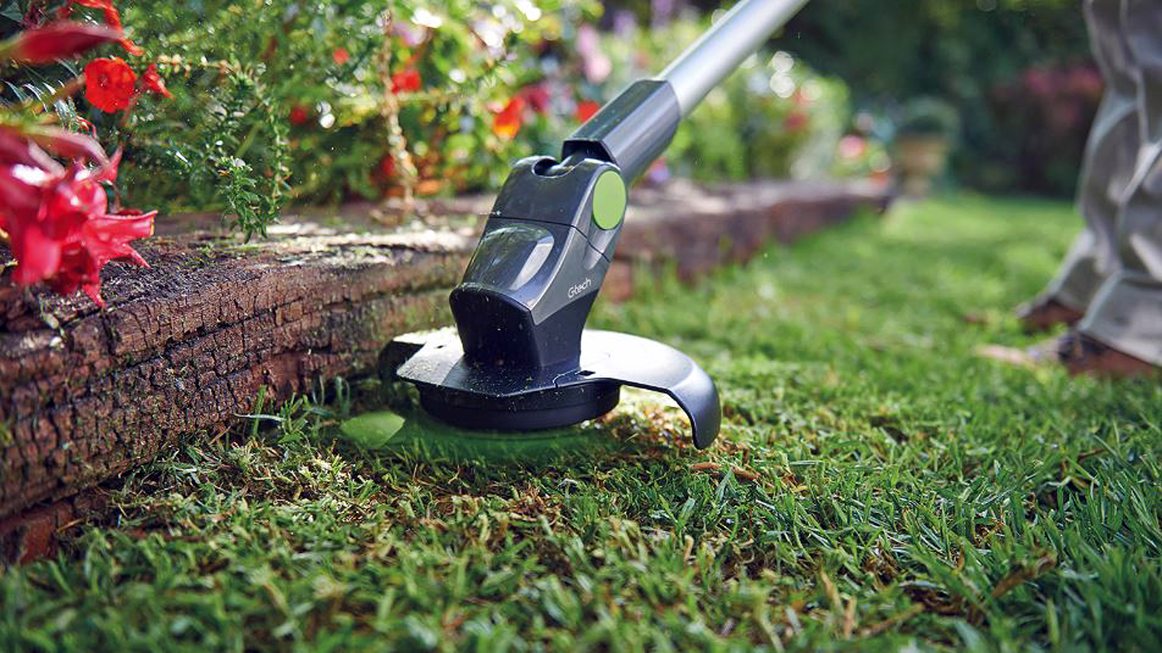 Best strimmer 2019: the cutting tool of choice for trimming grass