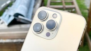 iphone 13 pro back showing camera array